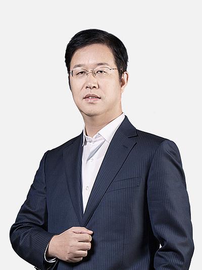 注册送白菜教育法考商经名师曹新川